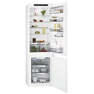 AEG 70:30 Integrated Fridge Freezer SCE8181VTS
