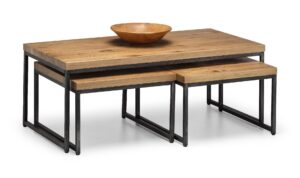 Bailee Oak Nesting Coffee Tables