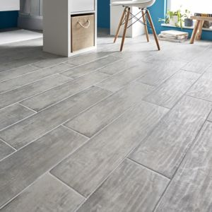 Soft patinated Grey Matt Wood effect Porcelain Floor Tile Sample