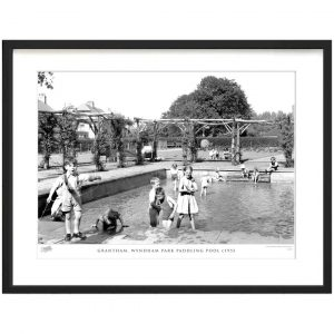 'Grantham, Wyndham Park Paddling Pool C1955' - Picture Frame Photograph Print on Paper